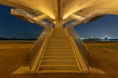 De_Oversteek_Nimwegen_Treppenaufstieg